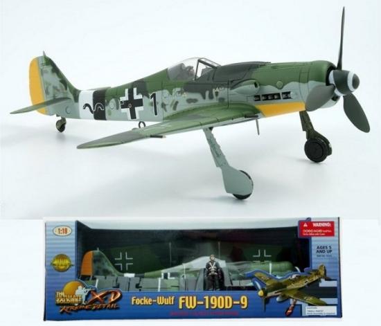 FW-190D-9 BLACK 1 Germany JG-26 1:18 Scale
